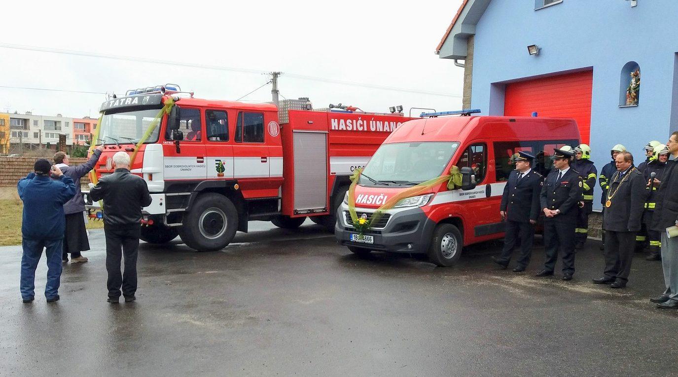19. 3. 2017 – Slavnostní předání hasičských vozidel, Únanov
