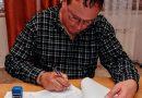 Starosta městyse Mgr. Vladimír Korek podepsal dnes smlouvu s firmou Wiss czech na dodávku naší nové požární velkokapacitní cisterny